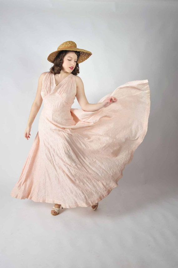 Vintage 1930s Dress // Spring Fashion at Fab Gabs: The Hyacinth Pink Silk Gown XL