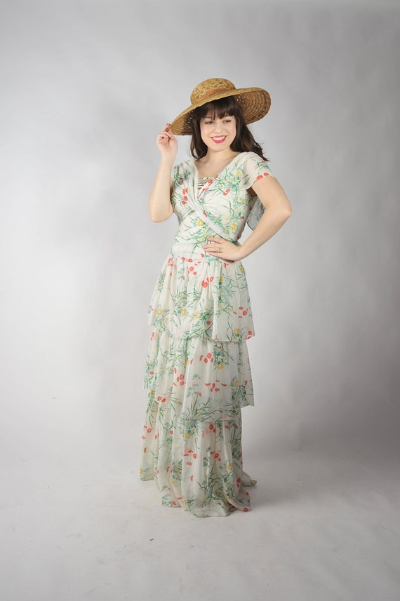 Vintage 1970s Dress // 70s Does 30s Tiered Garden Party Dress in Primary Color Floral