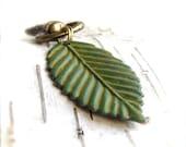 Fern Green Patina Leaf Keychain Key Fob Woodland Fall Fashion
