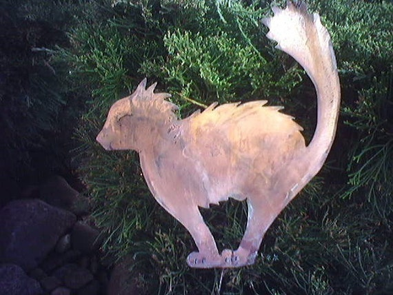 Rusted halloween cat rustic metal yard art by for Christmas cat yard decorations