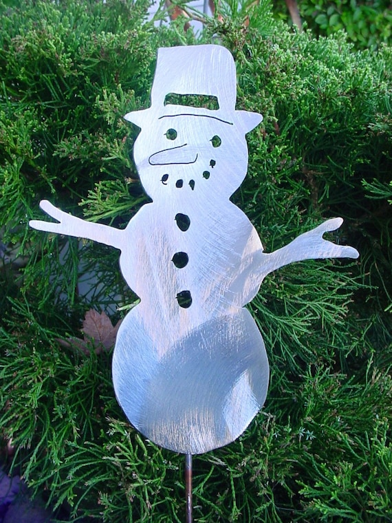 christmas holiday season snowman metal lawn stake yard art. Black Bedroom Furniture Sets. Home Design Ideas