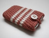 iPhone jumper in salmon and white