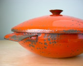 Hanova of Pasadena Orange Lava Enamelware Casserole