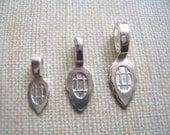 25 MEDIUM Sterling Silver Plated Aanraku Bails