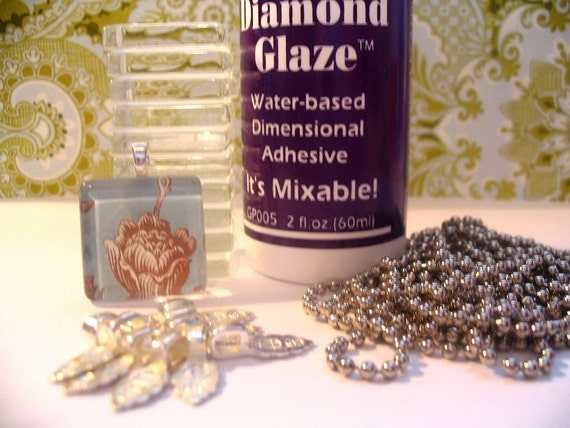 BUNDLE PACK...20...1 INCH Glass Tiles...20  Bails....20 Ball Chains....2oz Diamond Glaze