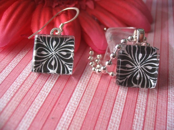 20 EARRING SIZE Glass tiles...Size 16mm..New..Prestige Glass Collection