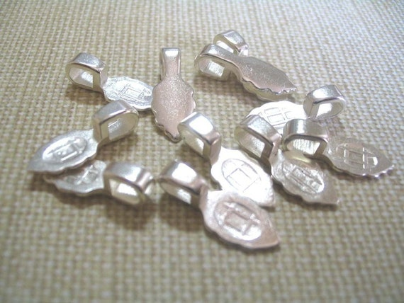 20 Small Sterling Silver Plated Aanraku Bails