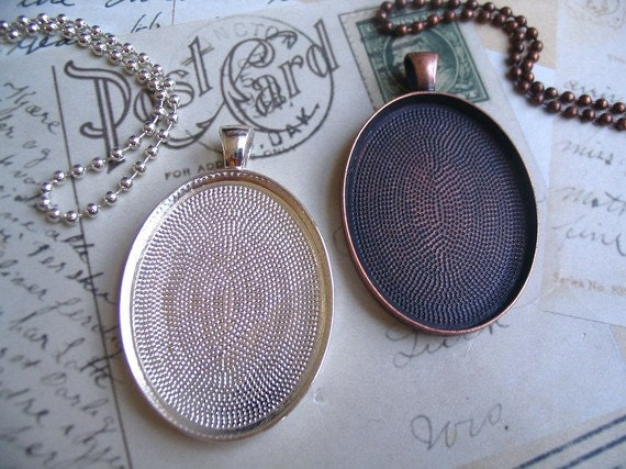 30...Oval Pendant trays...Mix and Match Colors...Size 30mm x 40mm
