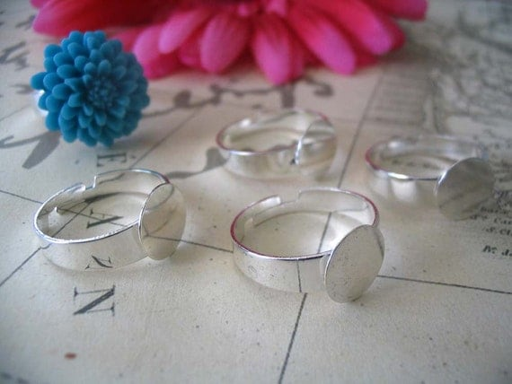 25 Silver Adjustable Ring Blanks....Size 10mm Pad