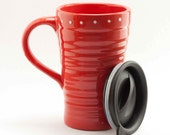 Ceramic travel mug with lid - red and white polka dots