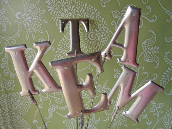 19 Aluminum Letters to Spell it Out