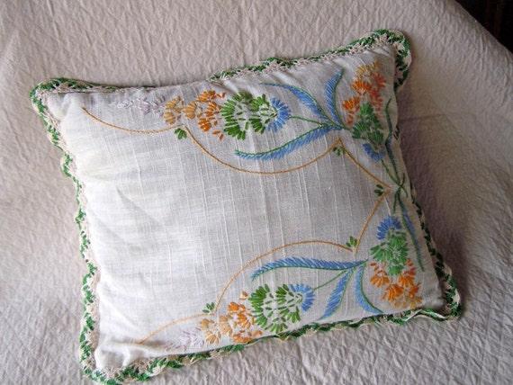 Vintage Linen Decorative Throw Pillow Embroidered Needlework 1950