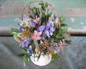 Cute birch bark covered can filled with garden dried flowers. Can be hung or used as a centerpiece.