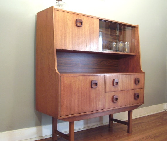 Mid Century Modern Credenza Buffet Sideboard
