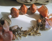 Bracelet.Vintage Carved Lucite Bead and Acorn Clasp. Pumpkin Spice.