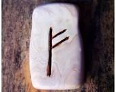 rune pendant // FEHU