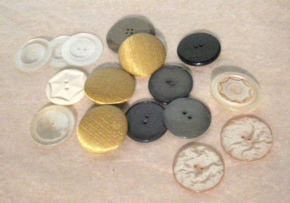 Vintage Buttons - Large Buttons Assortment - Coat Buttons - Fabric Buttons - Plastic Buttons - Gold Buttons - Black Buttons - White Buttons