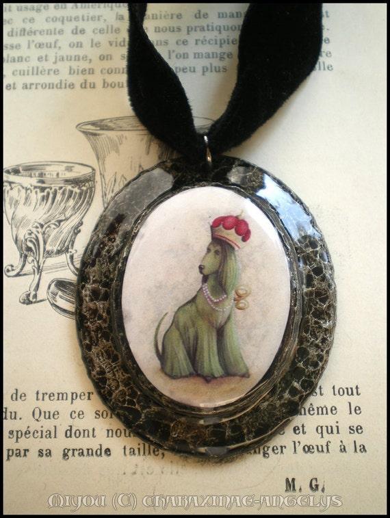 Victorian / edwardian locket - Green dog - Limited edition 6 pieces / Médaillon victorien - Chien vert - série limitée de 6 pieces