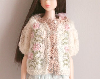 jiajiadoll-hand knitting-little pink flower cardigan sweater fits Momoko Or Blythe Or Misaki