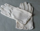 RESERVED FOR ERICAVW RESERVED 1950s White Wrist Length Vintage Gloves with Knotted Flowers