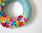 Tropical Summer Wreath, Bright Aqua Yarn and Felt Wreath, 12 inch size