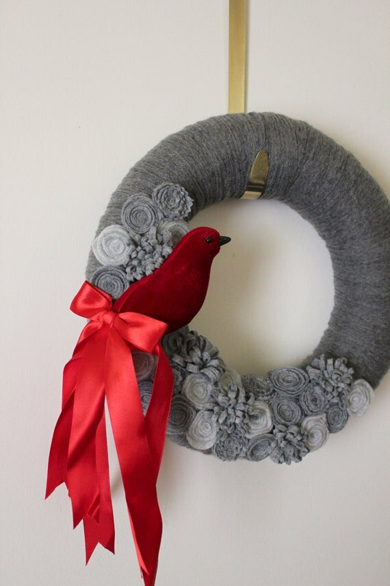 Red Bird Wreath, Gray Yarn and Felt - 12 inch size, LAST ONE