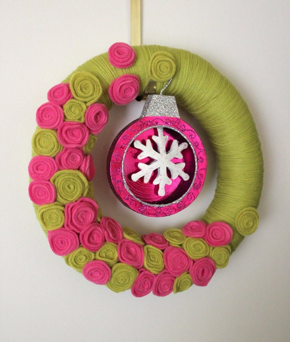 Christmas Ornament Wreath, Holiday Wreath, Pink and Green Wreath, Yarn and Felt Wreath - 14 inch size