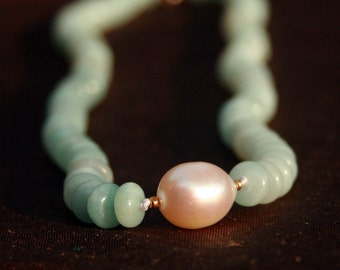 Aquamarine 18k gold necklace with large pearl and 14k gold