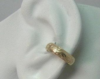 Ear Cuff, Gold Non-pierced Cartilage Wrap, Fake Conch, No Piercing, Cuff Earring, Simple Earcuff, Faux Pierced Cuff Hoop, Floral E5GF