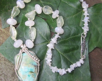 Chrysoprase Goddess with Moonstone and Prehnite