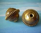 Etruscan Orbs Vintage Lucite Beads Golden Swirls 2