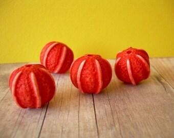 4 Thanksgiving Beads Vintage Pumpkin Lucite Orange Halloween