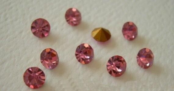 Rose Pink Vintage Swarovski Rhinestones PP 30 Crystals 10 Gold Foil