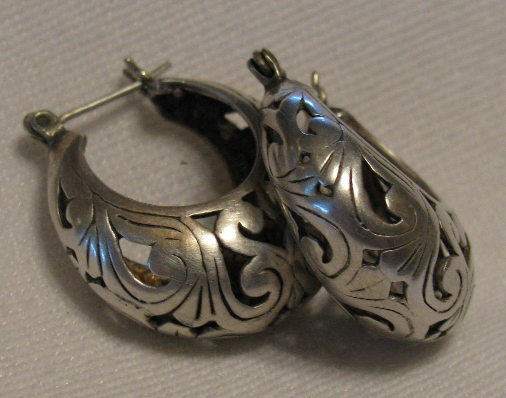 Vintage Mexican Silver Earrings 93