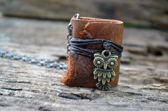 MiniatureBook Necklace Owl & Vintage Tan leather