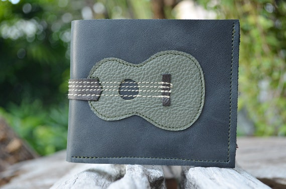 Men Wallet Ukulele vintage olive green Color leather