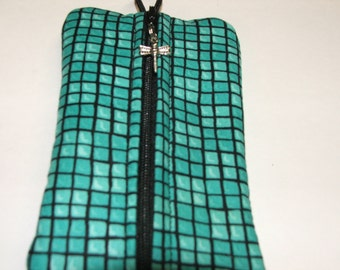 One of a Kind Zippered Cellphone, gadget case