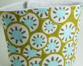 olive and aqua sunburst - quilted reusable coffee sleeve (FREE US shipping)