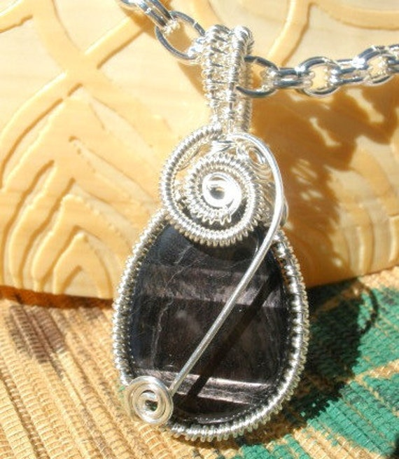 Black shimmer gemstone teardrop Hypersynthene wire wrapped pendant chain necklace