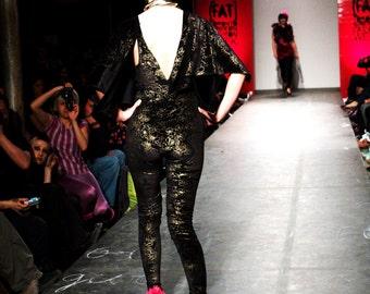 BAT JUMPSUIT / Catsuit / one piece / bodysuit / body / big sleeves / couture / high fashion / black / gold / velvet
