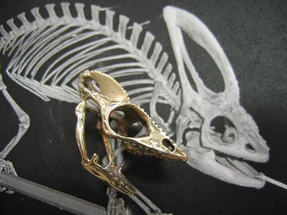 life size bronze chameleon lizard skull finger ring moon