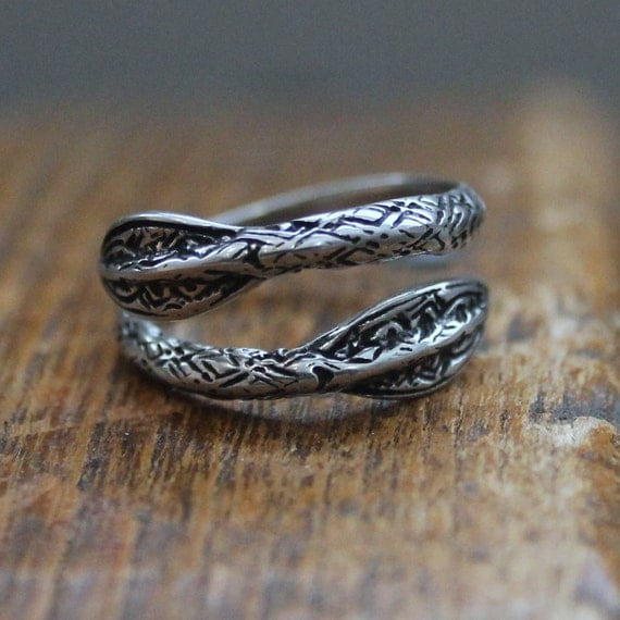 Silver Viking Double Spearhead Bypass Viking Spear Ring 150