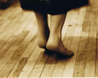 Dancing Toes Foot Powder - Nail Fungus, Athlete's Foot, Odour - ORGANIC, All Natural - 50g