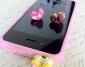 Iphone 4/4S Heart Macaroon Earphone Plug