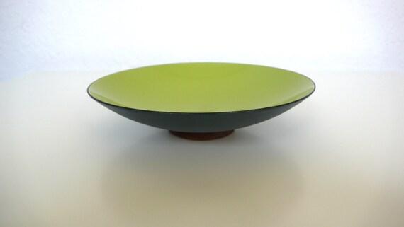 Krenit Chartreuse Enamel Shallow Bowl