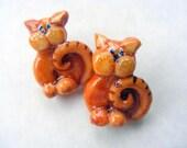 Fat cat post earrings
