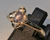 small Tudor inspired blue star sapphire 14 kt ring size 41/2