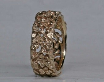 Flower Band in 14k Gold Size 4.5
