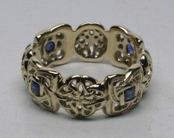 Natural Sapphire Celtic knot band in 14k size 10.5