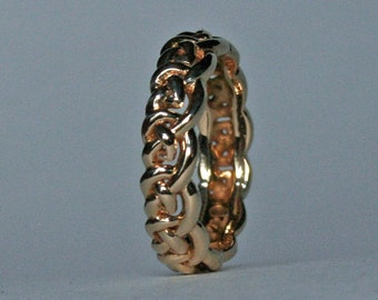 Celtic Knot Band in 18K Gold Narrow  Size 5